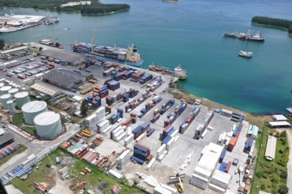Support in the Selection of an Operator for the New Commercial Port of Port Victoria
