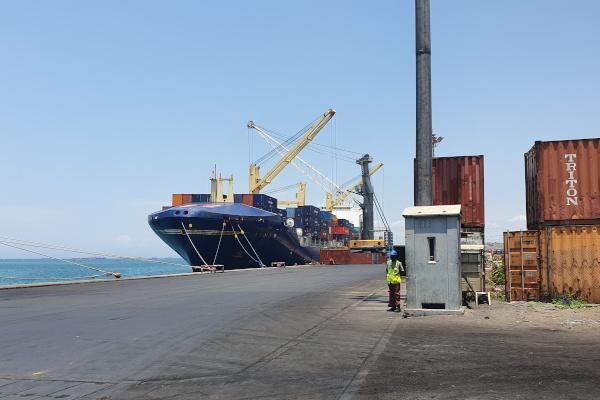 Buy Side Transaction Advisory Services Terminal Multiusos Luanda
